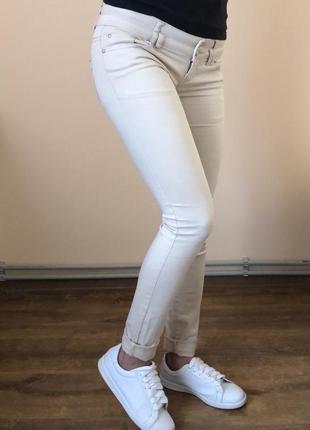 Штани ніжно бежевого кольору ✨