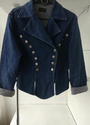 Джинсовая куртка косуха пиджак/за полцены