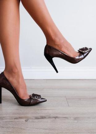 Роскошные туфли лодочки