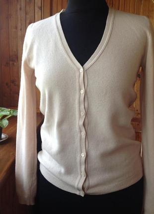 Кофта пудрового цвета от benetton100 % шерсть в подарок ювелирное украшение на выбор👍💕