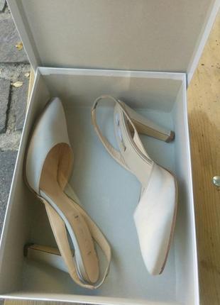 На свадьбу, свадебные 39 marina rinaldi туфлі шовк бежеві   шкіра нові