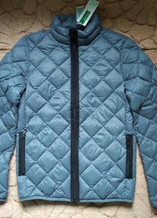 Пуховик  куртка  benetton xxs-s 42 лёгкий 90 проц. пух