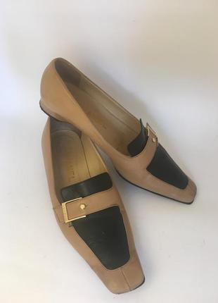 Оригинал туфли chanel лоферы с пряжками бежевые чёрные