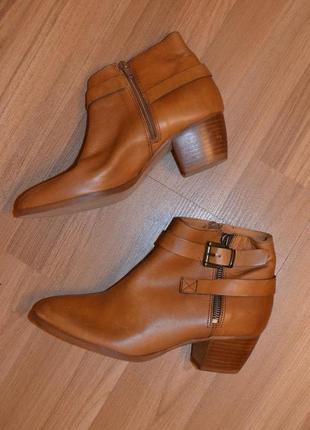 Ботинки, черевички minelli