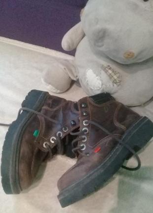 Ботинки на девачку 36р