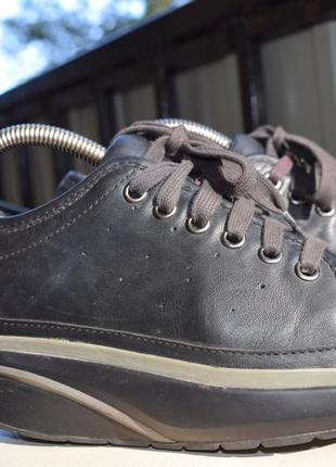 Кожаные фитнес-кроссовки высокая подошва mbt р.37 24,7 см швейцария