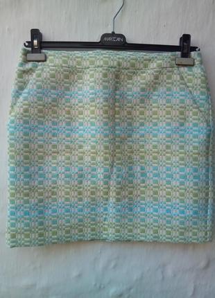 Новая очень красивая фактурная твидовая  разноцветная юбка,офисная.