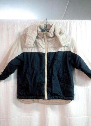 Куртка осень на мальчика 4-5 лет