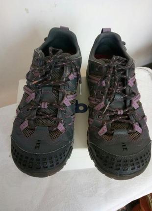 Отличные кроссовки merrell