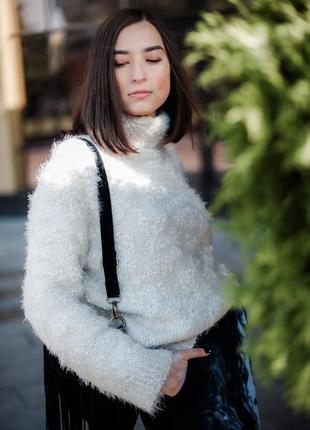 Объемный белый длинный свитер травка оверсайз