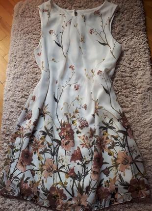 Платье короткое с цветами аtmosphere