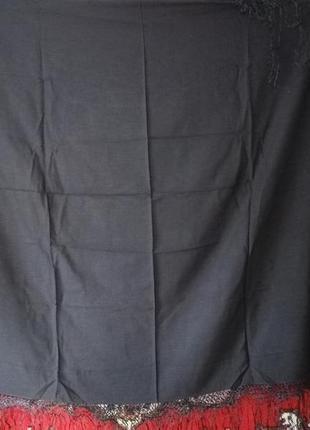 Платок в украинском стиле шерстяной с тороками