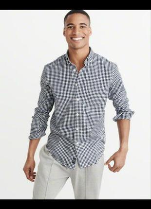Мужская приталенная рубашка casual в черно белую мелкую клетку с длинны рукавом