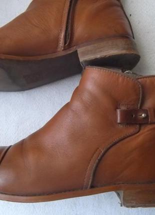 Кожаные осенние ботинки челси полусапожки ботильоны без каблука  из натуральной кожи