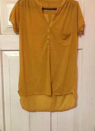 Удлиненная полупрозрачная футболка горчичного цвета
