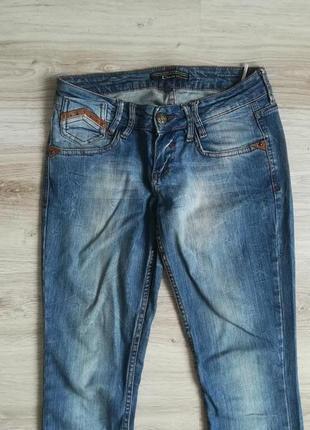 Фирменные прямые джинсы!3