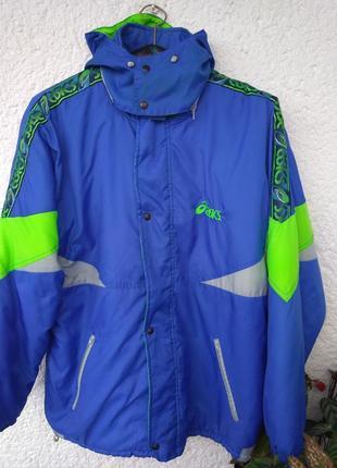 Куртка asics размер xl  made in italy италия с капюшоном