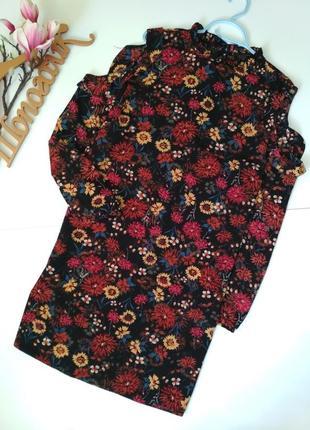 Симпатичне плаття в квітковий прінт з оборкою розмір 20 (див заміри)