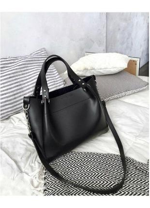 Черный шоппер-бестселлер. сумка