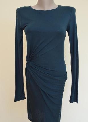 Красивое фирменное платье zara