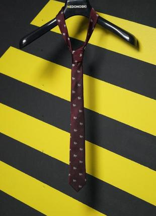 Зауженный галстук в мелких бульдогах