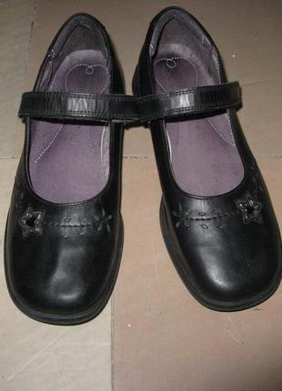 Кожаные школьные туфли next