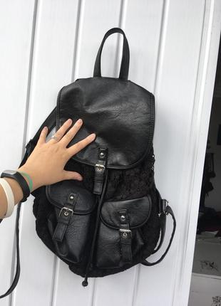 Чёрный рюкзак кожзам claire's