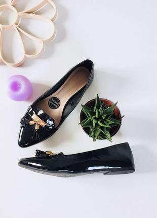 Стильные лаковые туфли лодочки от atm