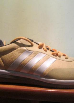 Кроссовки adidas р.44 2/3.оригинал.сток