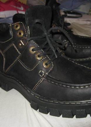 Ботинки кожаные kickers оригинал новые натуральная кожа размер 42 по стельке 27 см