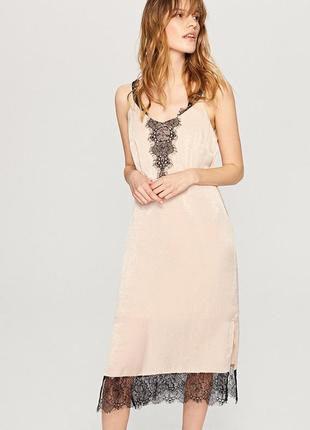 Платье в бельевом стиле р.38-m-l