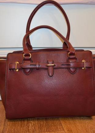 Вместительная сумка винного цвета belle women