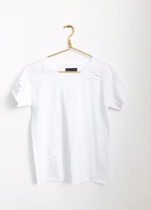 Белая футболка гранж