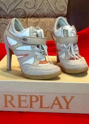 Кроссовки на каблуке, ботильоны, ботинки replay 37р.