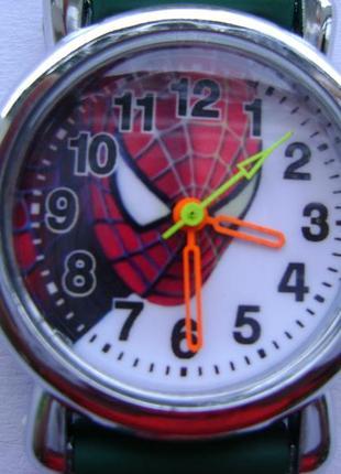 Детские часы человек паук