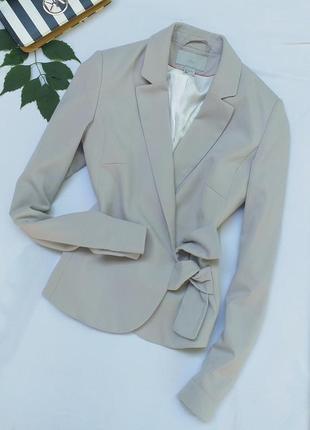 Стильный приталенный класический пиджак от h&m