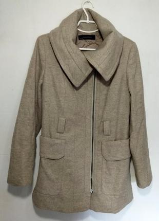 Теплое, шерстяное пальто  на молнии zara