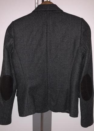 Шерстяной жакет пиджак с латками на локтях