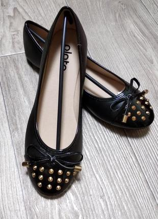 Крутые балетки кожзам туфли балеточки с заклепками