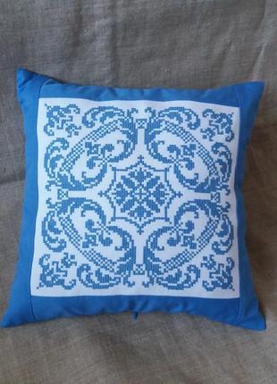 Декоративная наволочка,подушка. ручная вышивка болгарским крестом.