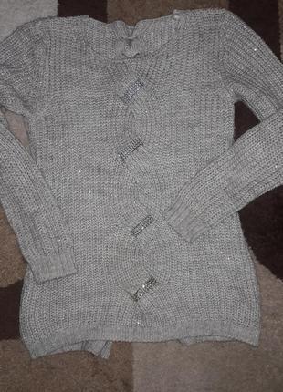 Уютный эффектный свитер с люрексом