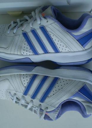 Кроссовки adidas р.33 ( 1.5 ), стелька 21 см