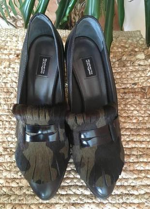 Чёрные итальянские кожаные туфли roberto d'angelo с анималистическими деталями
