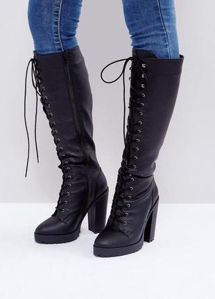 -25% на все! мега крутые высокие сапоги на шнуровке, устойчивый каблук asos br16