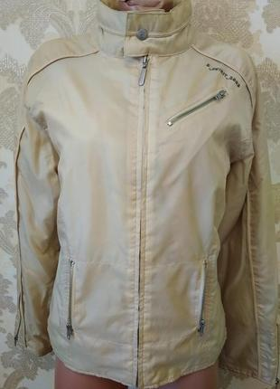 Супер классная куртка на синтапоне