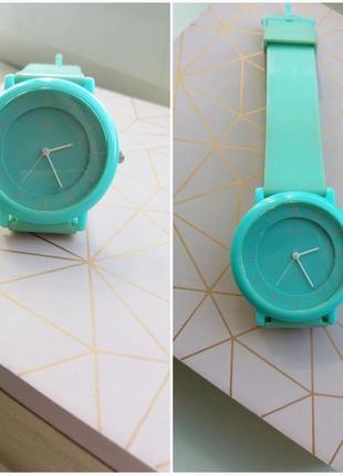 Очень крутые и яркие часы от q&q