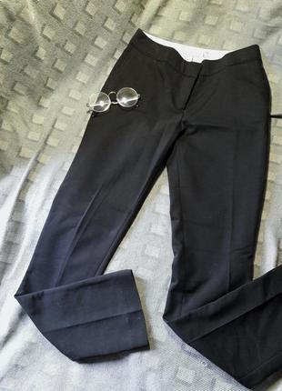 Крутые брюки с высокой посадкой
