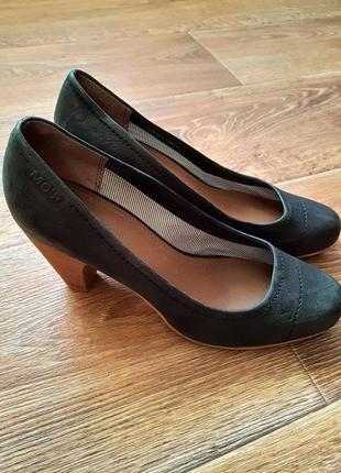 Туфли от marc o polo , новые
