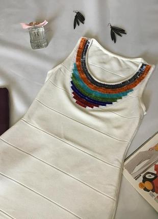 Платье мини с бисером
