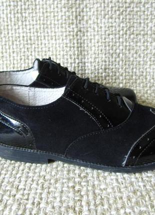 Туфлі шкіряні на шнурках розмір 34 22.5 см